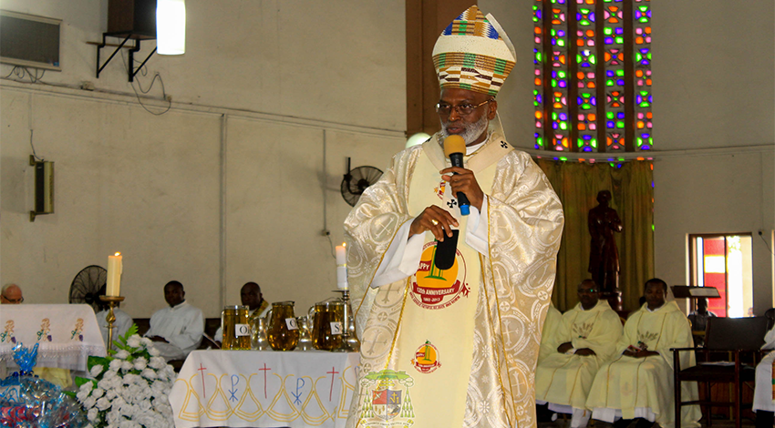Archbishop-Palmer-Buckle-at-Chrism-Mass-2017