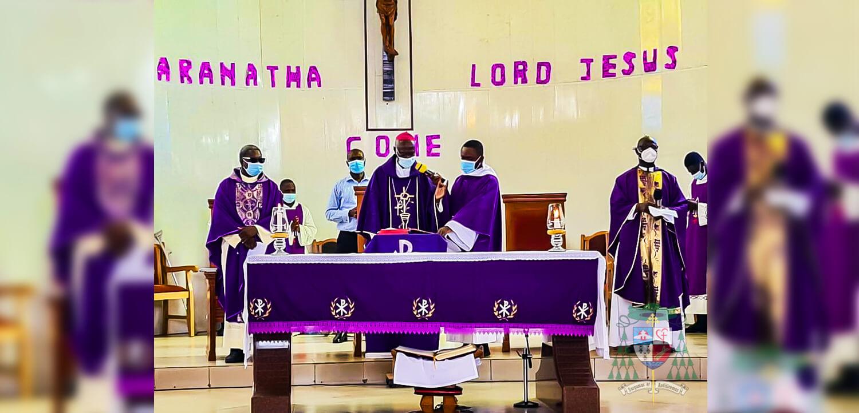 Archbishop-Kwofie-paid-a-visit-to-the-Holy-Family-Parish,-Mataheko
